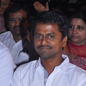A.R. Murugadoss reacts to Tuticorin Shootout!