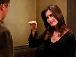 TRENDING: Courteney Cox recreates this ICONIC dance step from F.R.I.E.N.D.S – Watch VIDEO!
